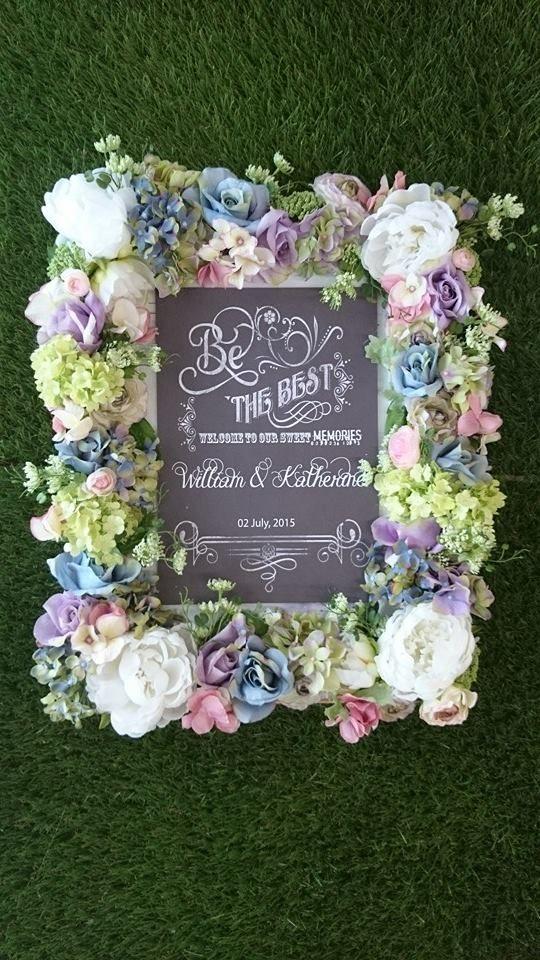 Gorgeous Flower Frame ♥ DIY party decor