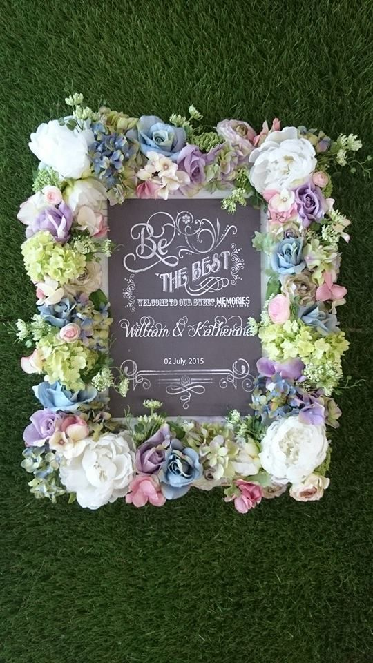 Gorgeous Flower Frame ♥ DIY party decor