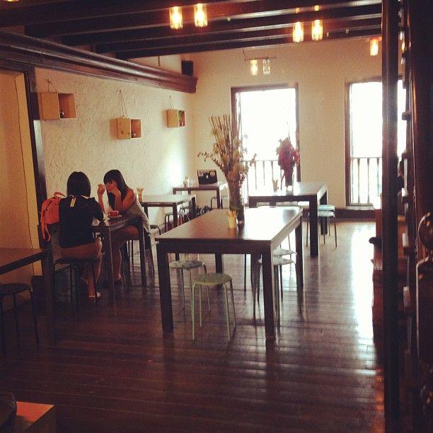 Drury Lane Cafe in Singapore