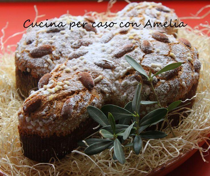 Colomba pasquale, ricetta tradizionale  http://blog.giallozafferano.it/cucinaconamelia/colomba-pasquale-ricetta-tradizionale/