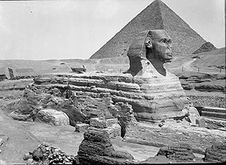Great Sphinx and Khufu's Pyramid  1922 - 1933