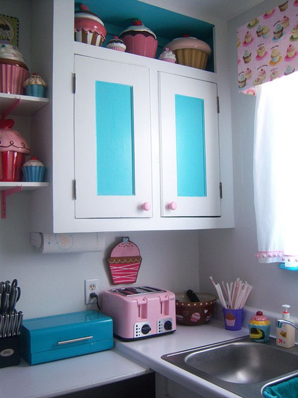 Cupcake theme kitchen my first place pinterest for Cupcake themed kitchen ideas