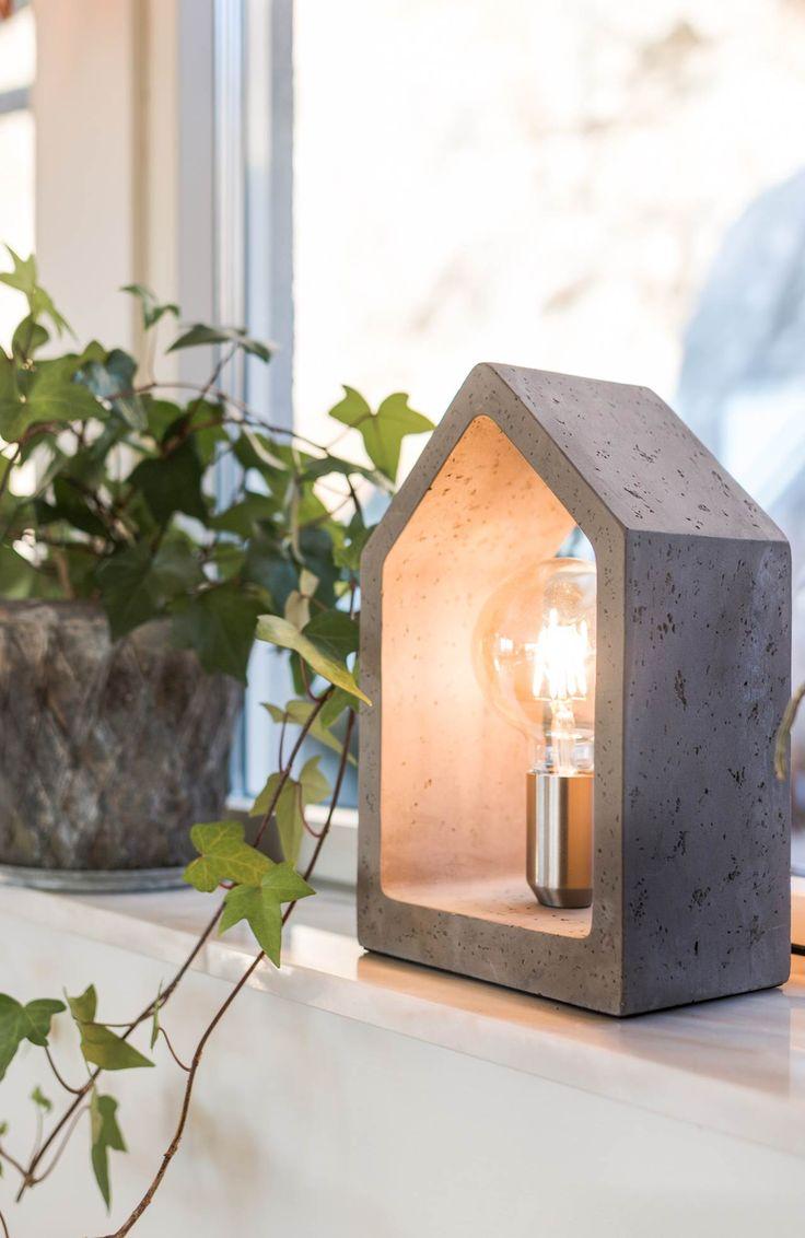 Lampa stojąca na stół // Lighting by Havsö // HALENS HOME
