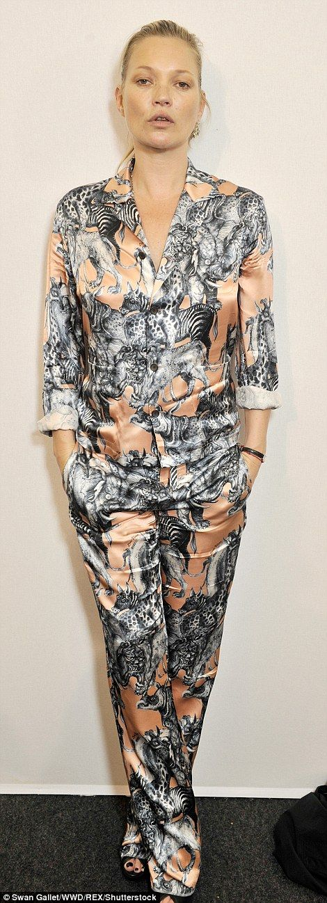 Kate Moss joins David Beckham at Louis Vuitton show for Paris Men's Fashion Week | Daily Mail Online
