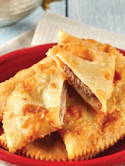 Çiğ börek Tarifi - Hamur İşleri Yemekleri - Yemek Tarifleri