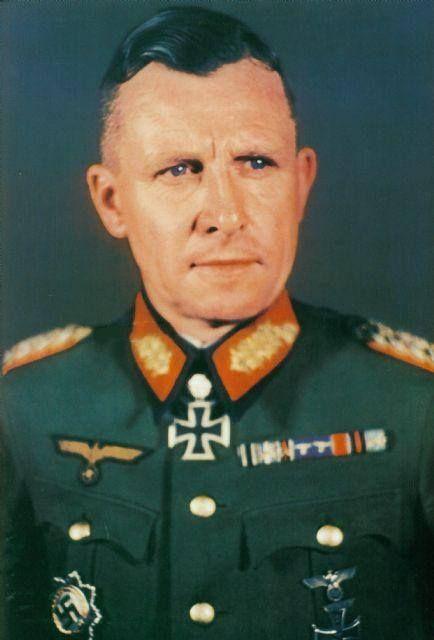 Eichenlaubträger_Emil_Wilhelm_Vogel.jpg 434×640 pikseliä
