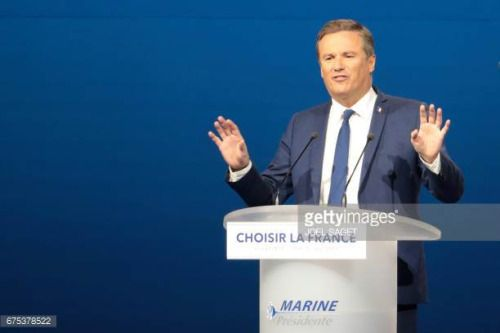 05-01 Former French presidential election candidate for the... #lalaguna: 05-01 Former French presidential election candidate… #lalaguna