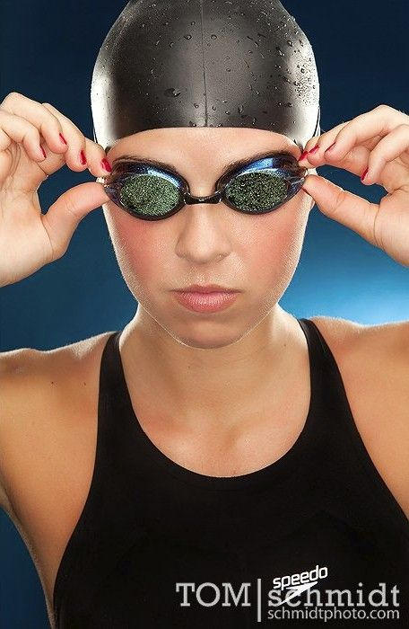 Senior Portrait / Photo / Picture Idea - Girls - Swimming / Swimmer