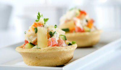 Tartaletas de cangrejo y piña