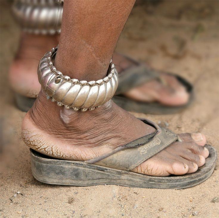 India | Meghwal woman's anklets. Bhuj, Gujarat | ©J-Marie Boyer.