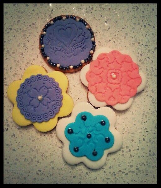 Biscuits sucrés avec fondant