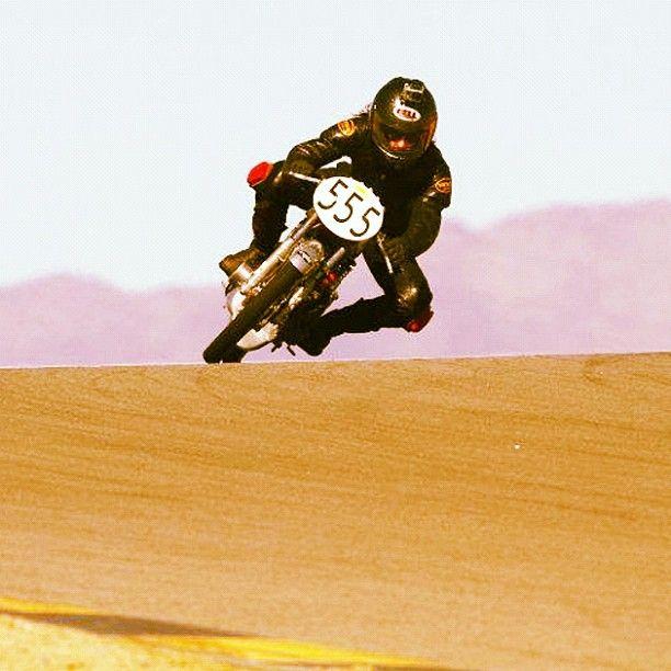 Vintage racing - Bell helmet, Vanson leathers and skinny tires ...