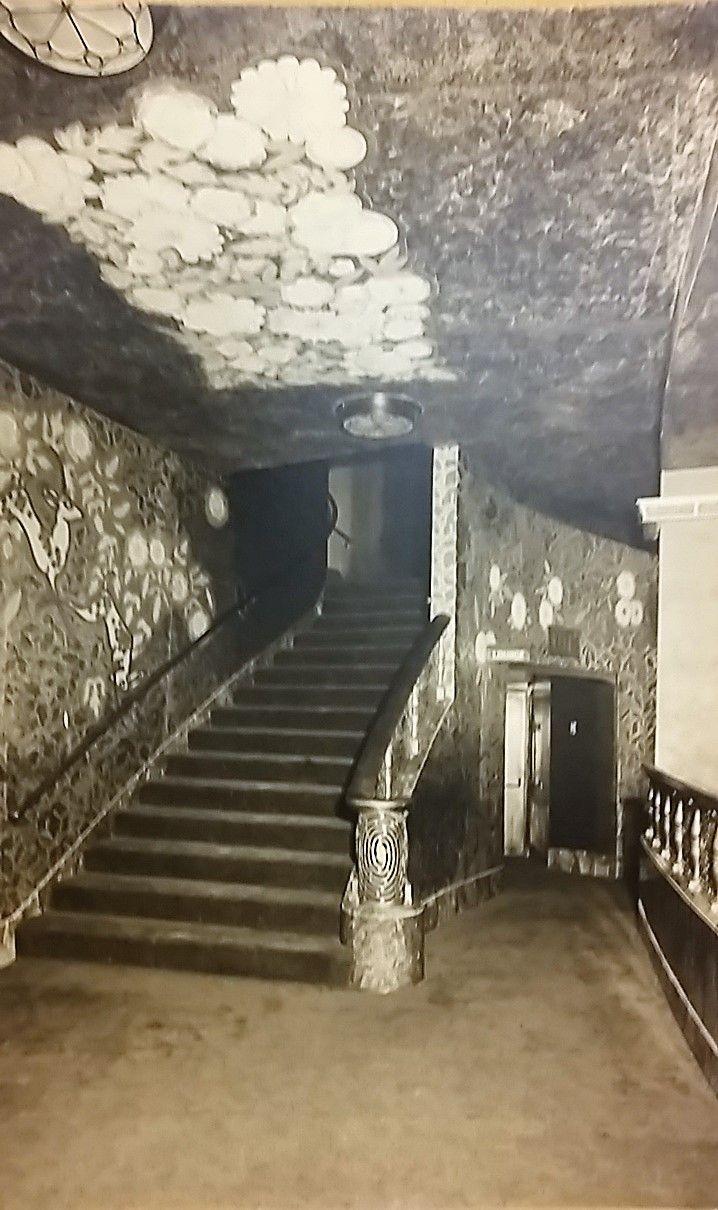 Lobby Stairs For The Ziegfeld Theater New York City Theatre New York