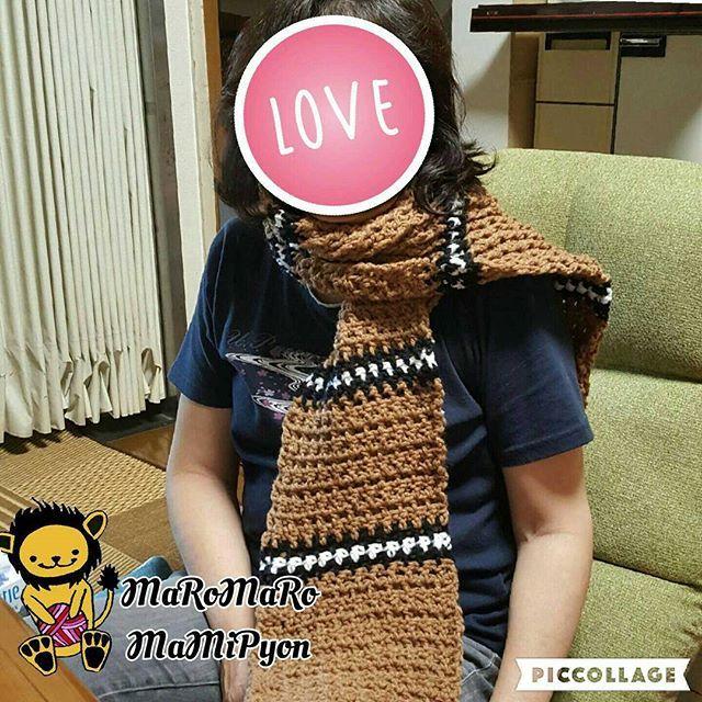 今日はお母さんの誕生日やから手作りマフラープレゼント💓  #ハンドメイド #かぎ編み #マフラー #お母さんの誕生日 #MaRoMaRoMaMiPyon