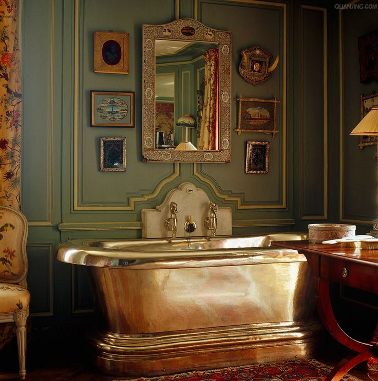 copper tub in this elegant bath in French chateau of Jacques Garcia
