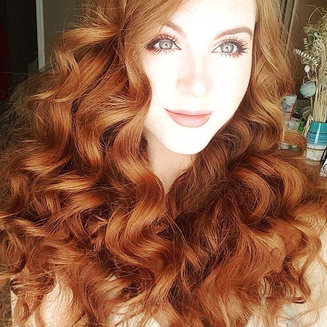 """silentorgasm: """"Wow, those curls."""