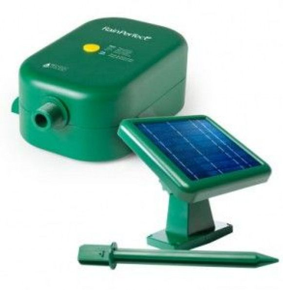 Green Gadget Of The Week Rainperfect Solar Pump For Rain Barrels Solar Water Pump Solar Energy Diy