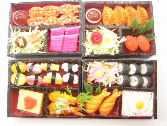 dollhouse miniature japanese food 4 sushi bento lunch wooden box size m supply charm deco 8230. Black Bedroom Furniture Sets. Home Design Ideas