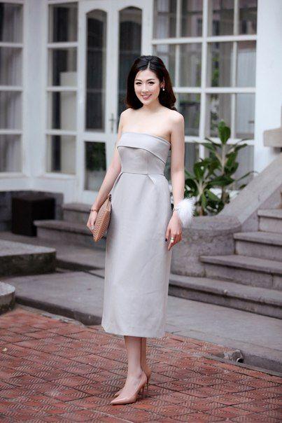 Asian Style (Asian Fashion C POP T POP V POP ) #Vietnam #AsianStyle  Huyền My посетила мероприятие в посольстве Италии и рассказала в интервью об своем выборе одежды и аксессуаров для мероприятий! Она подбирает наряд в течении получааса. Huyền My рожденная в 1995 году является владельцем коллекции сумок, парфюмерии, обуви люкс. Имеет так же специальные шкафчики в доме ,на которых это все уложено красиво. Цена всего варьируется от десятков до сотен миллионов