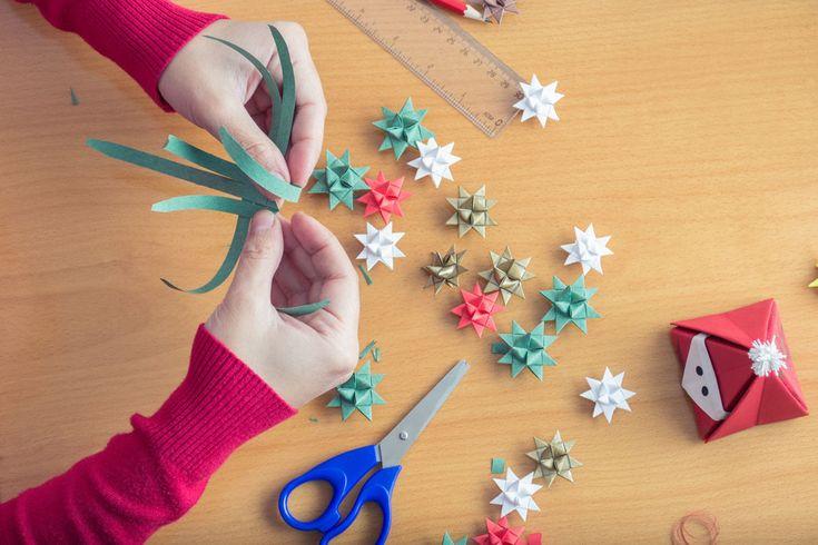 Ozdoby choinkowe z papieru - co można robić razem z dziećmi? -  #bożenarodzenie #choinka #ozdobychoinkowe #ozdobychoinkowezpapieru #święta