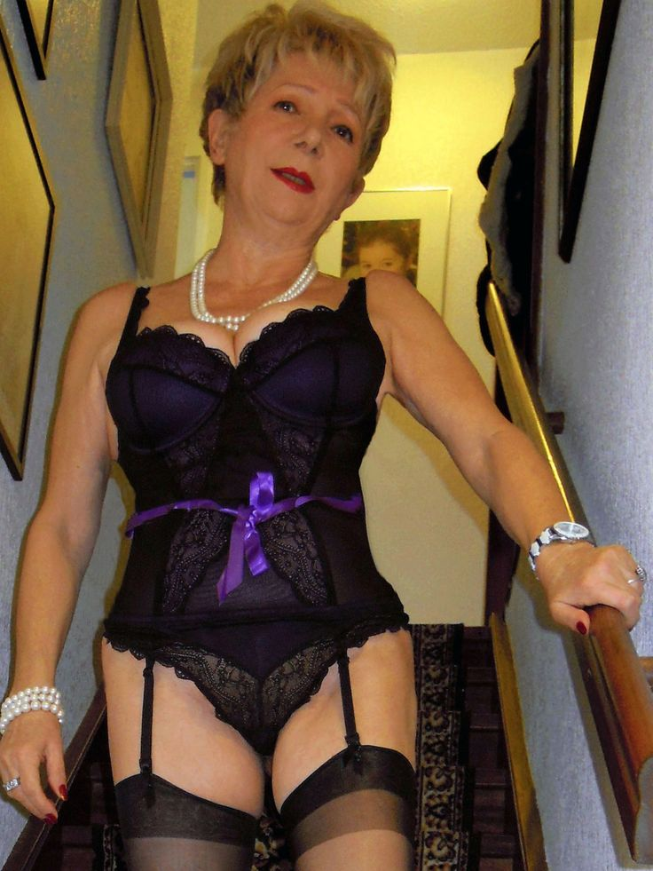 Hot Sexy Mature Lingerie Ladies In Action 33