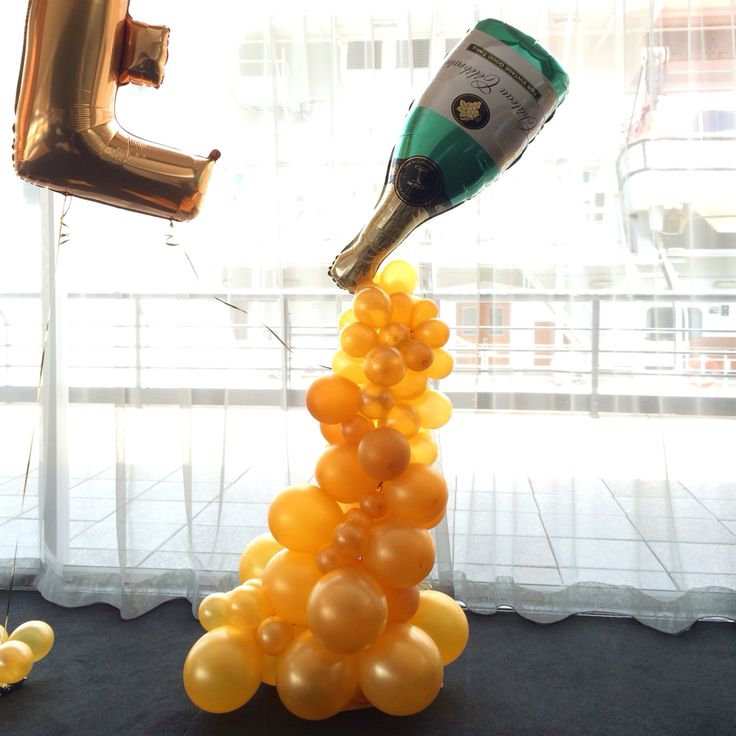 120 best images about wedding decorating ideas on for Champagne balloon wall