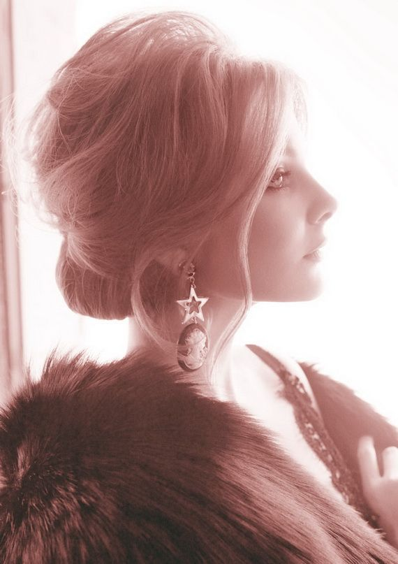 Beehive Hairstyles for Women, love the old Hollywood glamor of this