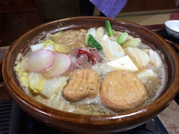 Nabe in the Dark   Nabe Laboでは、不定期に鍋勉強会を行い、日本全国の鍋について、意見交換をしています。1月の勉強会テーマは「お取り寄せ」 1月取り上げた最後は「闇鍋」です。