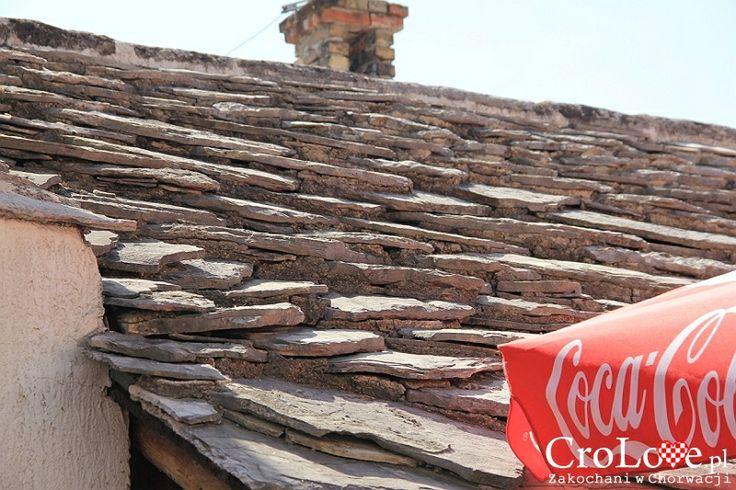Kamienne dachówki w starej części Mostaru | Mostar - Bośnia i Hercegowina || http://crolove.pl/mostar-wielokulturowe-miasto-bosni-hercegowinie/ || #Mostar #BosniaiHercegowina #bih