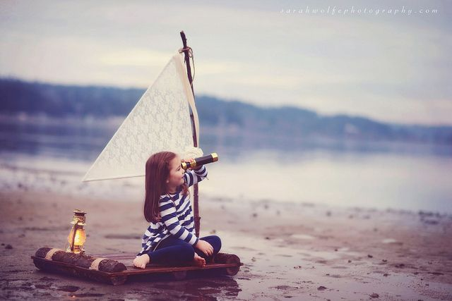 Beautiful toddler photography by Sarah Wolfe   The D-Photo boat