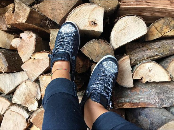 Just another magic Friday wearing these glittering #2star shoes!  www.2star.it    #low #sneaker #sneakers #black #silver #laces #laminated #leather #amazing #fashion #style #glittering #shoe #shoes #fall #winter #collection #woman #girl #instacool #instamoment