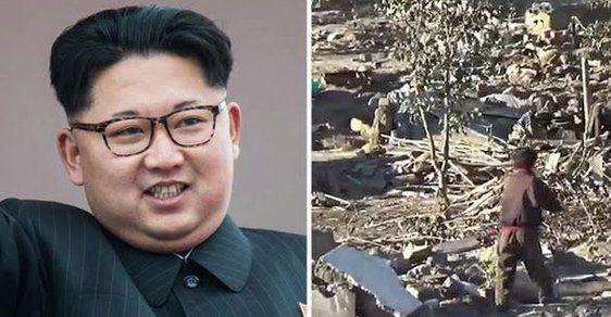 6 studentů v KLDR zahynulo, když při povodni museli zachraňovat portréty diktátora Kima