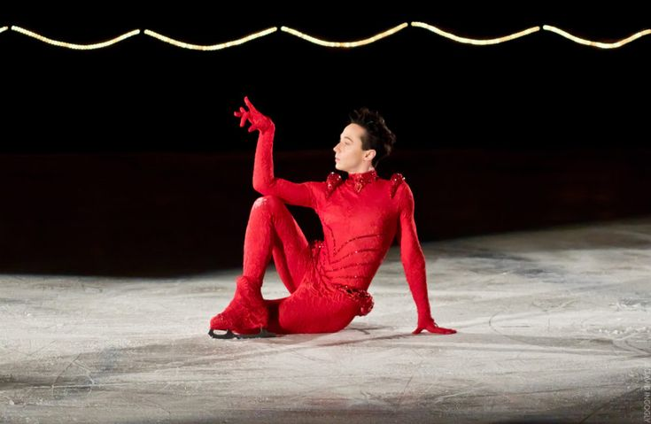Art2Skate: Let's Just Get Right to Johnny's New Beyoncé Number, Shall We? | Binky's @JohnnyWeir Blog. Exclusive photo © David Ingogly.
