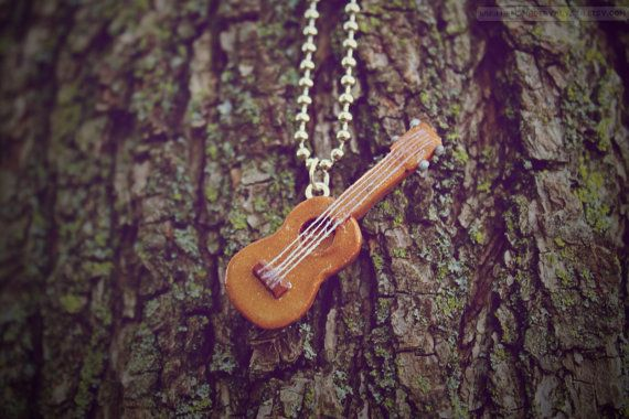 1000 images about ukulele pics on pinterest for Porte ukulele
