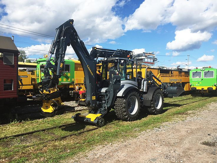 Lännen Rail 9A  #Lännen #Lannen #multifunction #machine #multifunctionmachine #multipurpose #multimaskin #machines #infra #backhoe #loader #backhoeloaders #excavator #machinery #construction #heavymachinery #heavyequipment #earthmoving