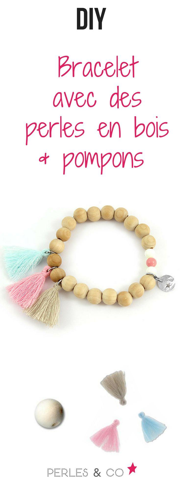 Comment réaliser un bracelet élastique avec des perles en bois ? Vous débutez dans la création de bijoux et souhaitez créer un bracelet élastique avec des perles en bois ? Suivez ce tutoriel et réalisez votre propre bracelet en un tour de main #diy #tuto #bracelet #perle #bois #pompon