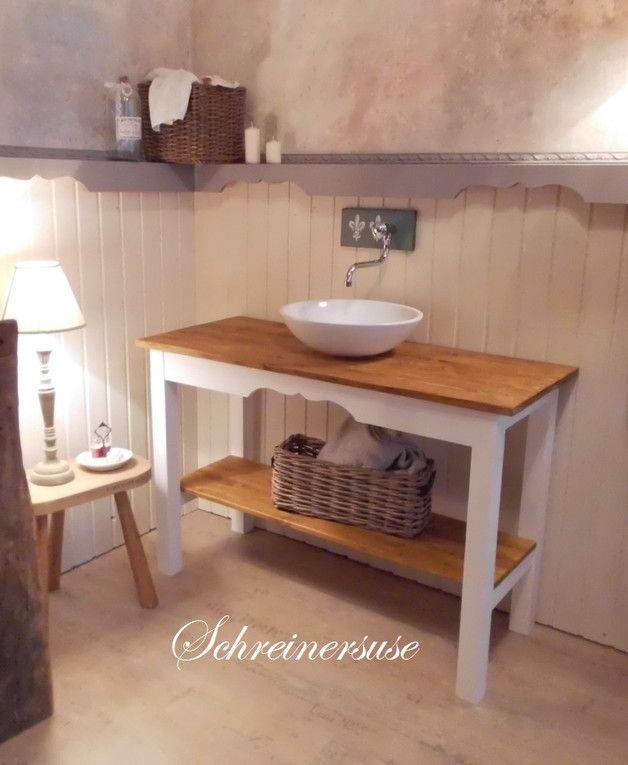 """_Ein Tisch, der sich gewaschen hat!!_  Meine Vintage und Landhausmöbel machen überall eine """"gute Figur"""" und Ihr Zuhause noch schöner! Sie sind die Basis für eine Einrichtung im Landhausstil oder..."""