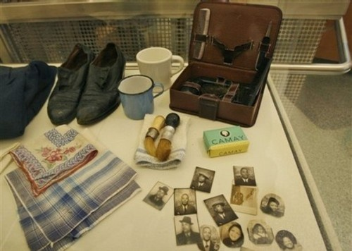"""items belonging to Willard Psychiatric Center patient """"Mr. Lawrence #14956"""" a resident of the New York State hospital in the Finger Lakes from 1918 until his death in 1968, are displayed as part of the New York Public Library exhibit, """"The Lives They Left Behind,"""" in New York, Thursday, Nov. 29, 2007. (via Photo from AP Photo)"""