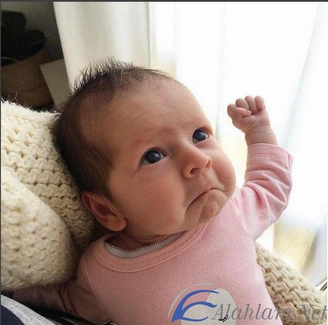 تفسير حلم الولد الصغير في المنام لابن سيرين ابن سيرين الولد الولد الصغير الولد الصغير في الحلم Cute Baby Photos Cute Baby Boy Cute Baby Girl