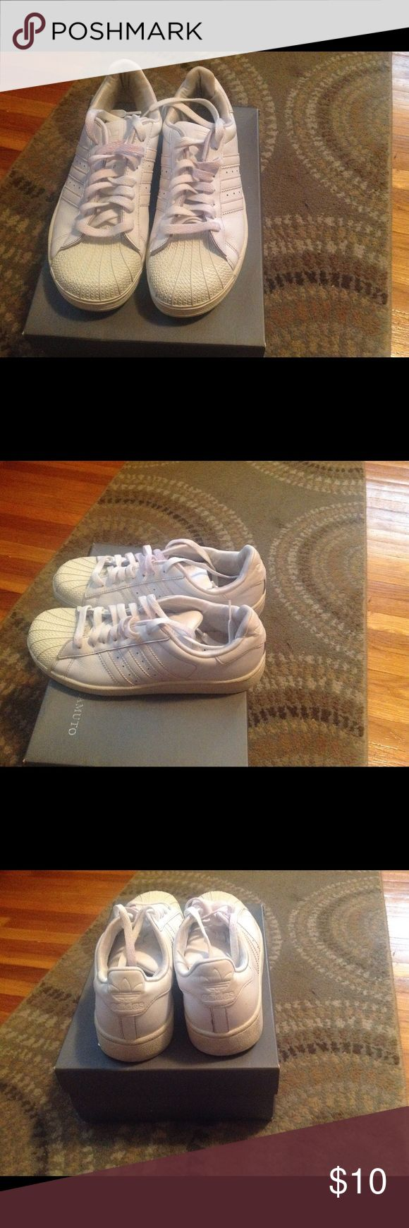 Adidas shell top sneakers AS IS adidas shell tops. Good condition, shell top a little discolored Adidas Shoes Sneakers