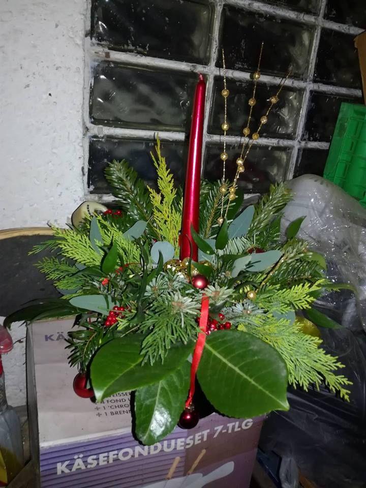 2016 Vianočný s červenou sviečkou