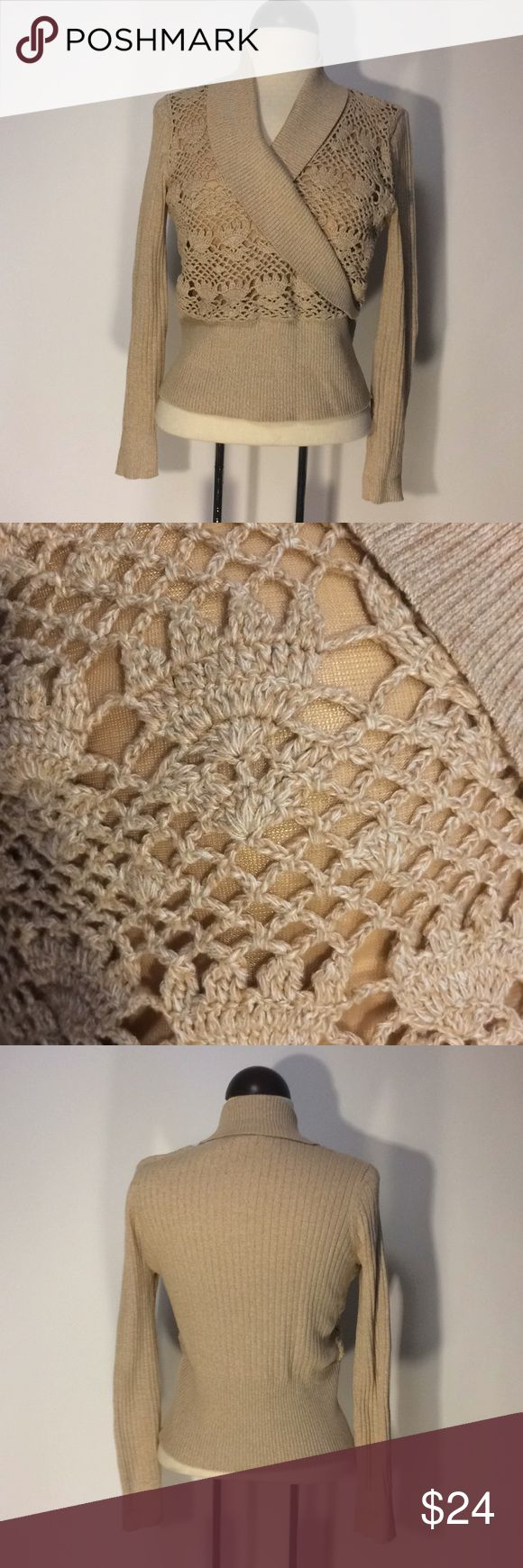 Emma James Petite Tan Lacey Sweater Sz MP Emma James tan Lace (lined underneath) sweater Sz M petite. 100% cotton. In excellent condition. Emma James Sweaters V-Necks