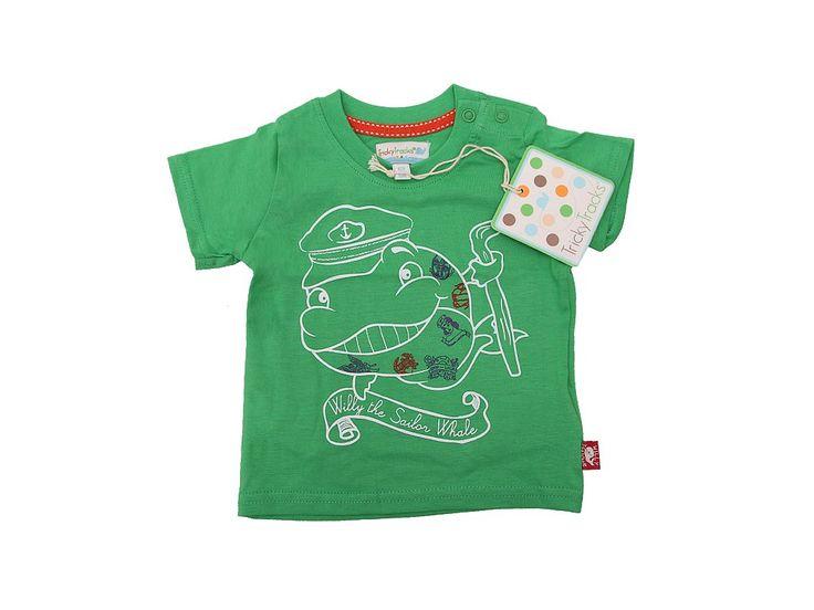 Tričko s obrázkem velryby na přední straně.