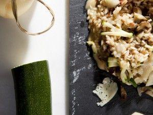 """El Carnaroli es un arroz de grano medio y se produce en mayor calidad en las zonas de Pavia, Novara y Vercelli, Se le denomina habitualmente """"superfino"""" y """"re dei risi"""" (rey de los arroces).  ¡Prueba el verdarero Rissotto Italiano!"""