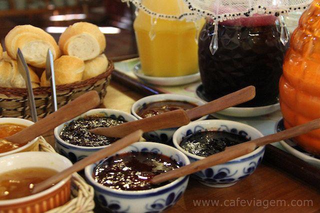 Café da manhã Pousada Volta ao Mundo Canela   RS