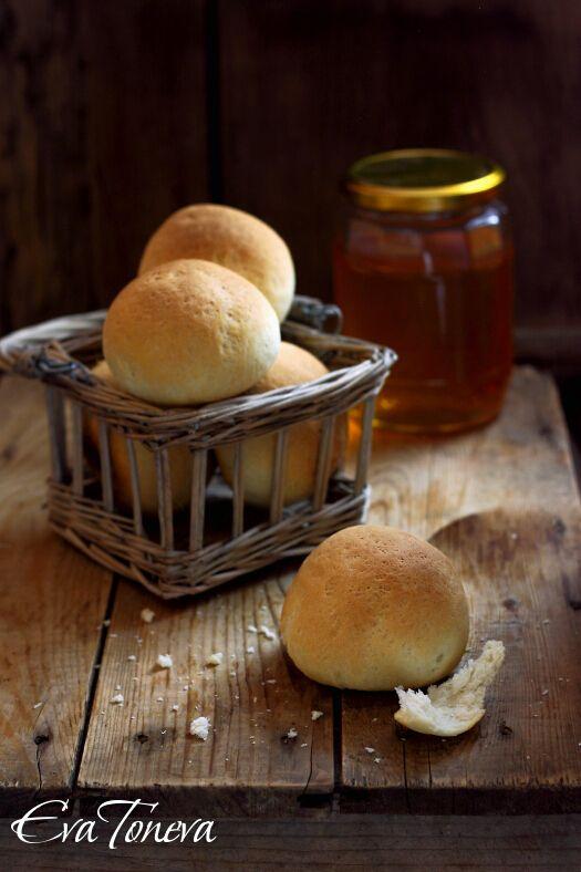 Mascarpone buns