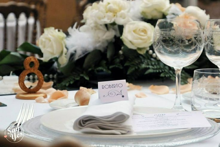 http://sayyesevents.it 1930's wedding inspiration Place card Real wedding by Say Yes Events