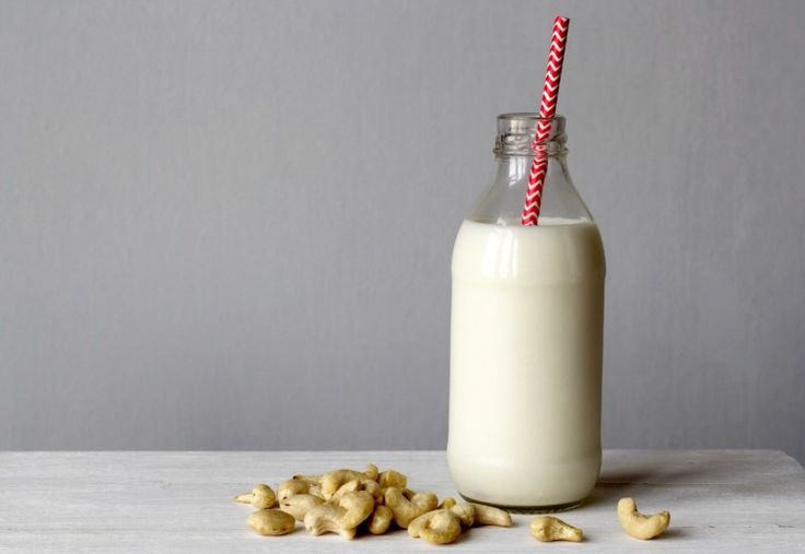 No recipe here just raw cashews and water (?). The Secret to Fast, No-Waste Nut Milk. Sustainable, delicious and far less expensive than boutique brands. What are you waiting for? Pamela Salzman, instructor of our new course Batch Cooking 101, shows us how.