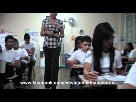 fuera de control - fdc Amor de colegio video oficial - YouTube