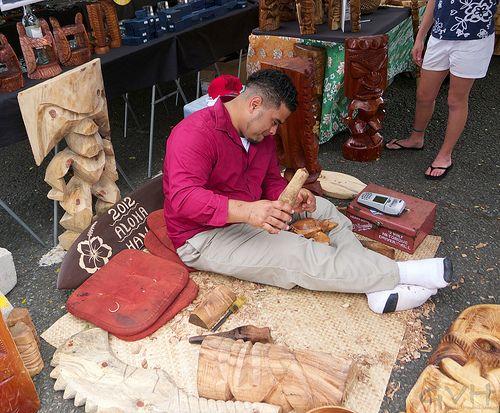 Wood carving at Aloha Stadium Swap Meet